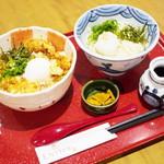 大阪 釆なりうどん - 料理写真:かしわ天玉丼 小うどん付