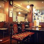 八番館コーヒー店 - 店内の様子
