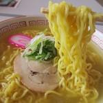 パストラル - やや加水率の高い非旭川麺