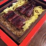 古蓮 - 料理写真:うなぎのせいろむし