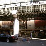 カレー屋バンバン - 阪神高速の裏の古い雑居ビルにお店はある