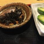魚玉 - お新香と小鉢