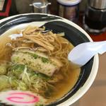麺匠 義 - 料理写真:しょうゆラーメン  600円