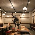 牛タン工房 鎌倉ハム - 2階のテーブル。最大32名