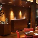 カフェレストラン セリーナ - 2016.12 雰囲気の良いエントランス