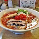 麺処あずき - 「トマト味噌ラーメン」780円(横)