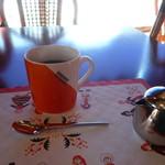 スカンディヤガーデン - コーヒーはマグにたっぷり