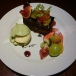 Cafe neige  - チョコレートケーキ