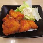 スシロー  - 桜姫鶏の唐揚げ 280円(税別)