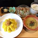 香辛喫茶 Lion Curry - 海老のマイルドグリーンカレーセット