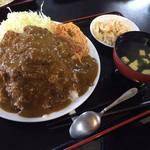 でんすけ食堂 - 名物「チキン・カツ・カレー」
