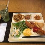 マーライオン - 料理写真:バイキング 海老フライ!