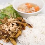 チャミクアン - 2016.12 ぶた肉ビーフン(800円)Bun Thit Nuong