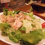 CONA - クレソンと蒸し鶏のサラダ