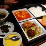東天閣 - おすすめB定食(\1350)前菜、海老チリ、揚げ物、スープ、デザート
