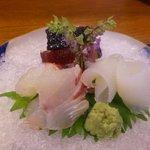 くいしん坊 - お造り 鯛・イカ・カツオ