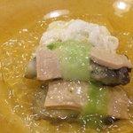くいしん坊 - 牡蛎とフォアグラのジュレ掛け