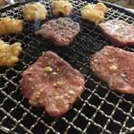 三丁目の焼肉家さん - タン塩&ホルモン