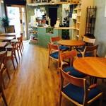 スリーフィッシュコーヒー - 店内