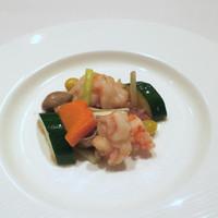 重慶飯店 麻布賓館-エビと腸詰めの炒め