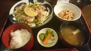 味彩坊 - 鳥のポン酢焼き定食