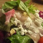 肉×ラクレットチーズ Tree House Diner -