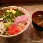 すし喜八 - おまかせ丼+味噌汁 (別の日に)