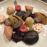 元町 梅林 - 女将さん手作りの野菜煮物