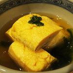 日本酒 室 - 出汁巻き玉子は いしる風味の出汁で