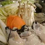 60378357 - 師走の、牡蠣鍋!