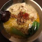 60380270 - 塩坦々麺〜アサリ風味〜                       880円