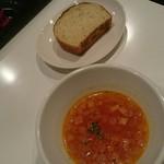 60380844 - セットのデリ三種 &フォカッチャ  &スープ(ミネストローネ)180円