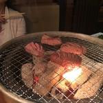 牛ざんまい - 一応炭火です