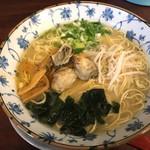 くれ星製麺屋 - 広島牡蠣藻塩檸檬麺
