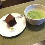 木伊 - 抹茶とケーキ