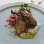アルカナ 東京 - メイン:肉料理(豚のソーセージと豚肩ロース肉)