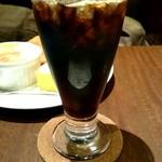 Cafe Miyama - 一口飲んで急いで撮った『水出しアイスコーヒー』旨い