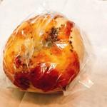 60390277 - 十勝産チーズと黒こしょう200円