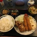 Sakesakanaomata - 「海老・唐揚げ定食」ライス大盛り❣️