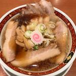 喜多方ラーメン 大安食堂 - 料理写真:醤油チャーシューメン中太麺800円