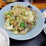 ラーメン田舎家 - ラーメン田舎家(肉野菜炒め定食 900円)