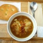 スープストックトーキョー - ゴッホの玉葱のスープ  朝のスープセットで。