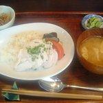 604902 - ランチ べトナム風鶏飯定食
