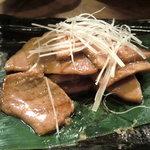 萬屋 おかげさん - なかおち生姜焼き 日本酒のアテに合う
