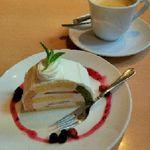 60404208 - ケーキも普通に美味