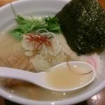 eiTo 8 - 鶏塩ラーメン