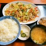 楓庵 - 肉野菜炒め定食
