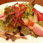 BREAD&DISHES MUGINOKI - セットのサラダ
