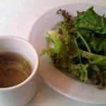 6041419 - ランチセットのスープとサラダ