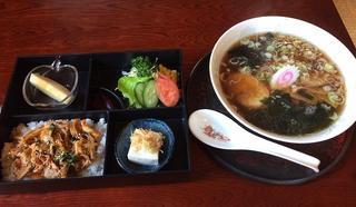 はっぽうや - ラーメン500円+ミニ丼(豚キムチ)290円セット